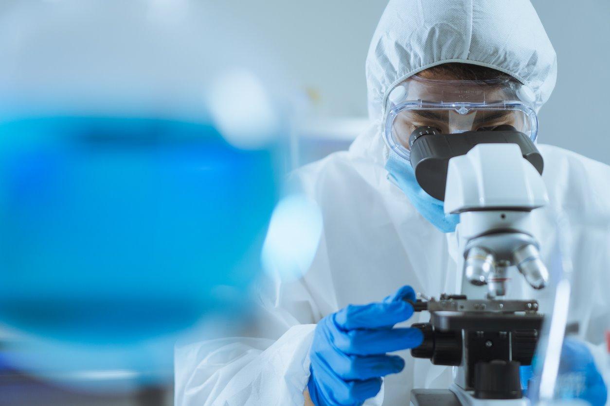 Dos estudios asocian nuevos defectos genéticos e inmunológicos con la COVID-19 grave